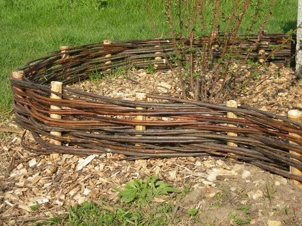 Bordures espace nature for Bordure en bois tresse